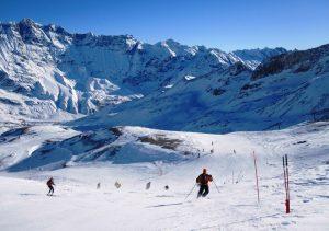 Sciare a Breuil Cervinia