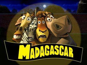 Madagascar_terra_lemuri