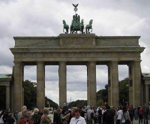 Visitare berlino in poco tempo - Berlino porta di brandeburgo ...