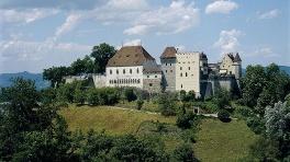 Visitare il Castello di Lenzburg in Svizzera