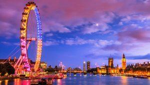 Visuale dal Tamigi del bellissimo London Eye